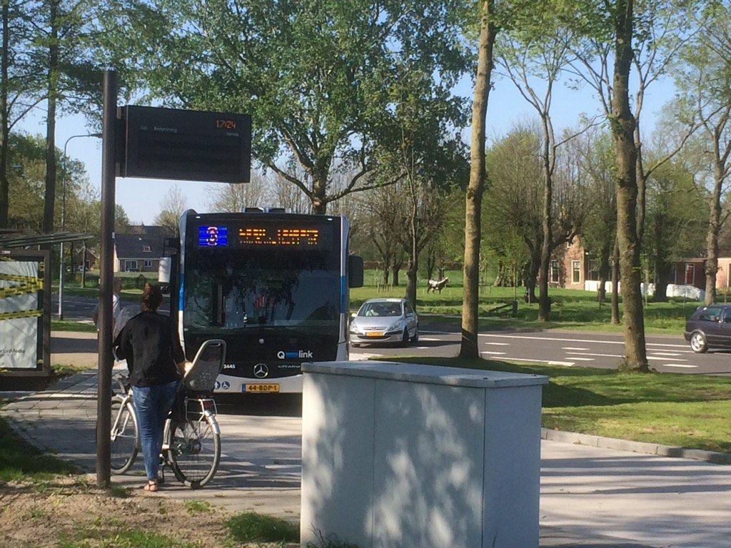 Twee bussen bekogeld in Lewenborg